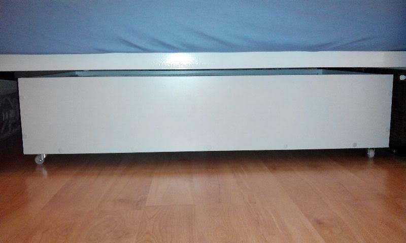 jak zrobić szufladę pod łóżko?