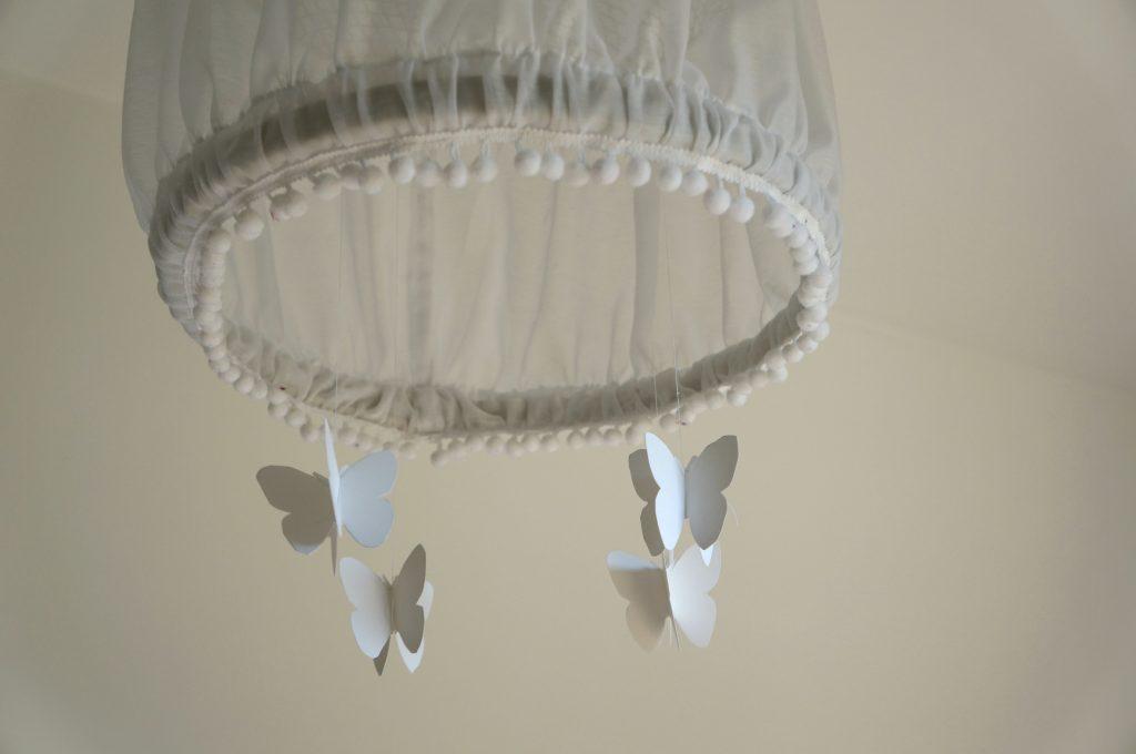lampa z motylkami