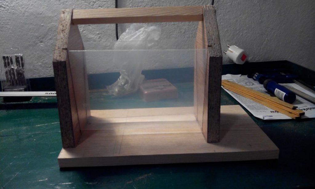 budowa karmnika dla ptaków DIY
