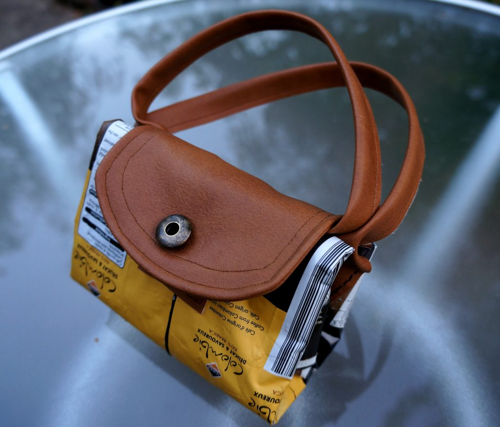 torebka z opakowań po kawie