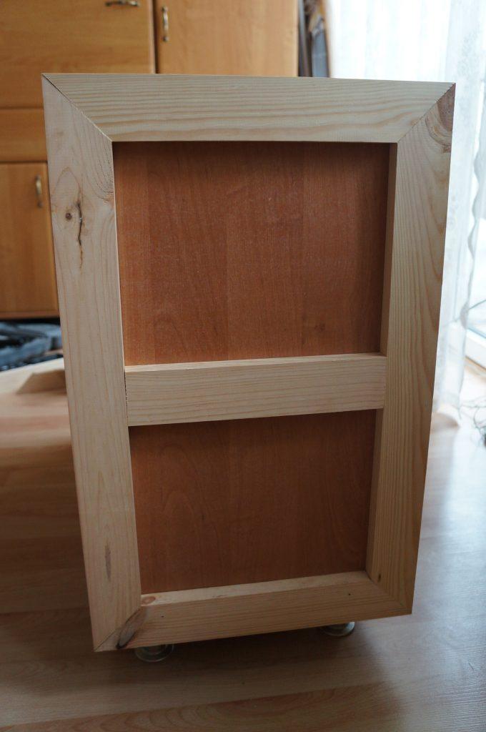przymocowanie drewnianych listewek