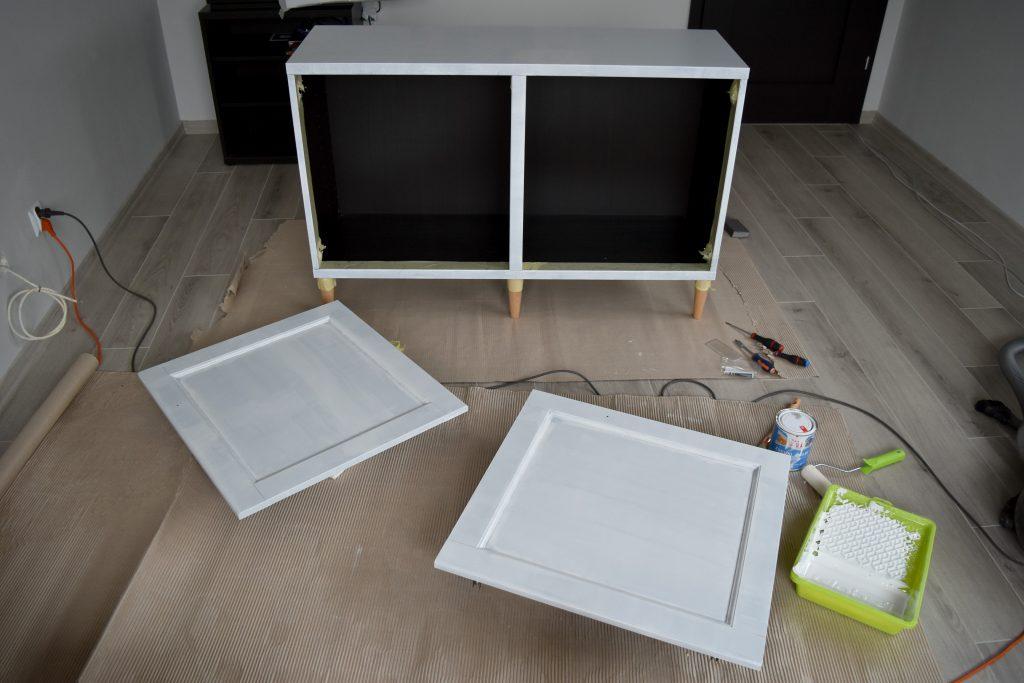 malowanie szafki z mdf podkładem