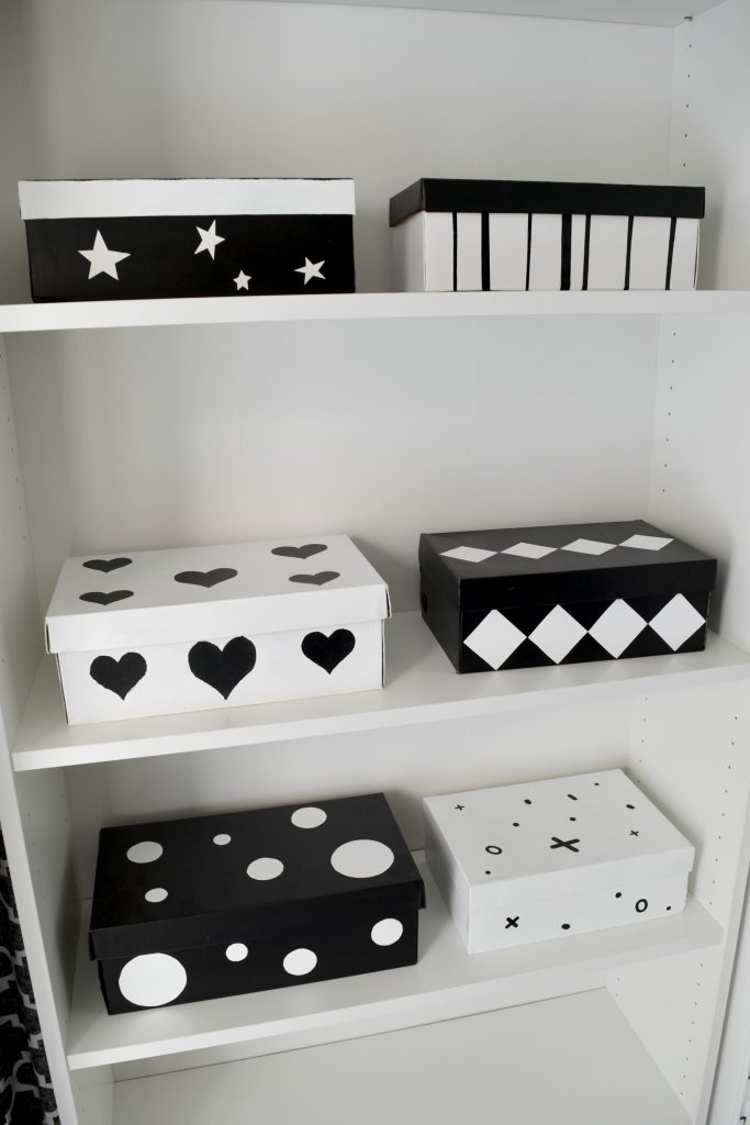 malowane pudełka po butach