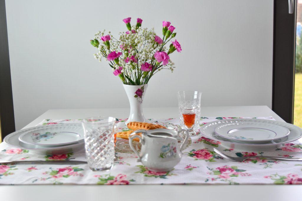 romantyczny stół