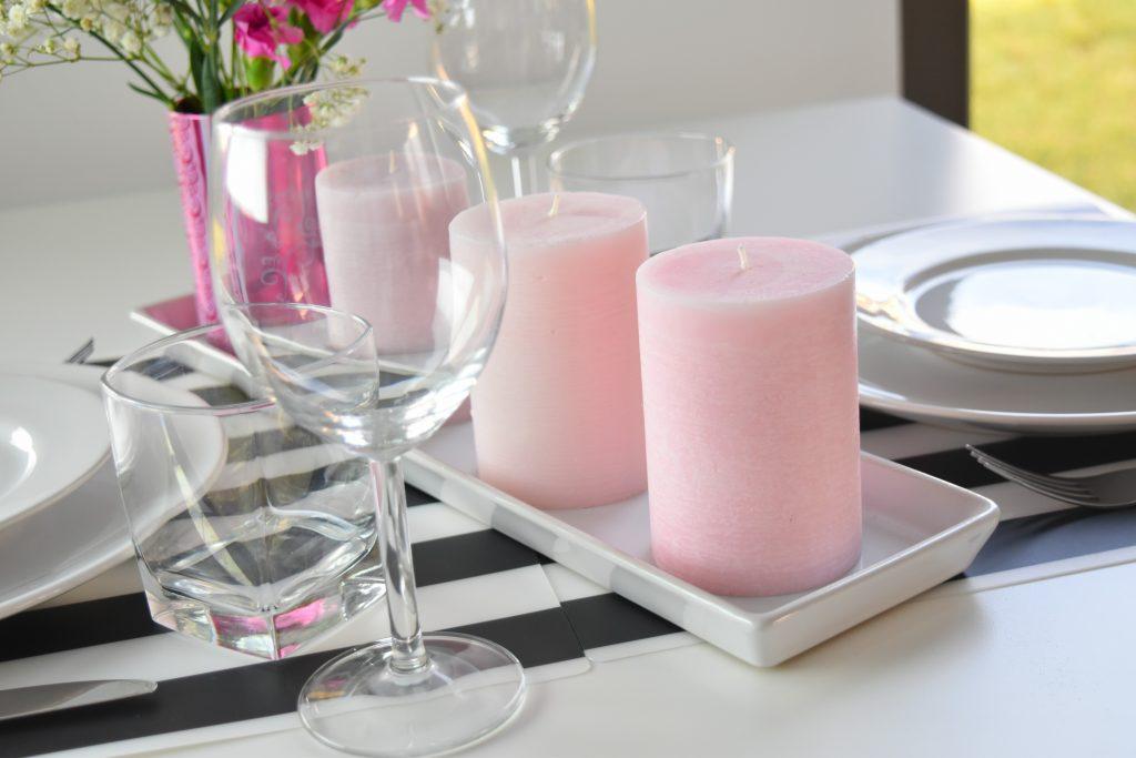 różowe świeczki