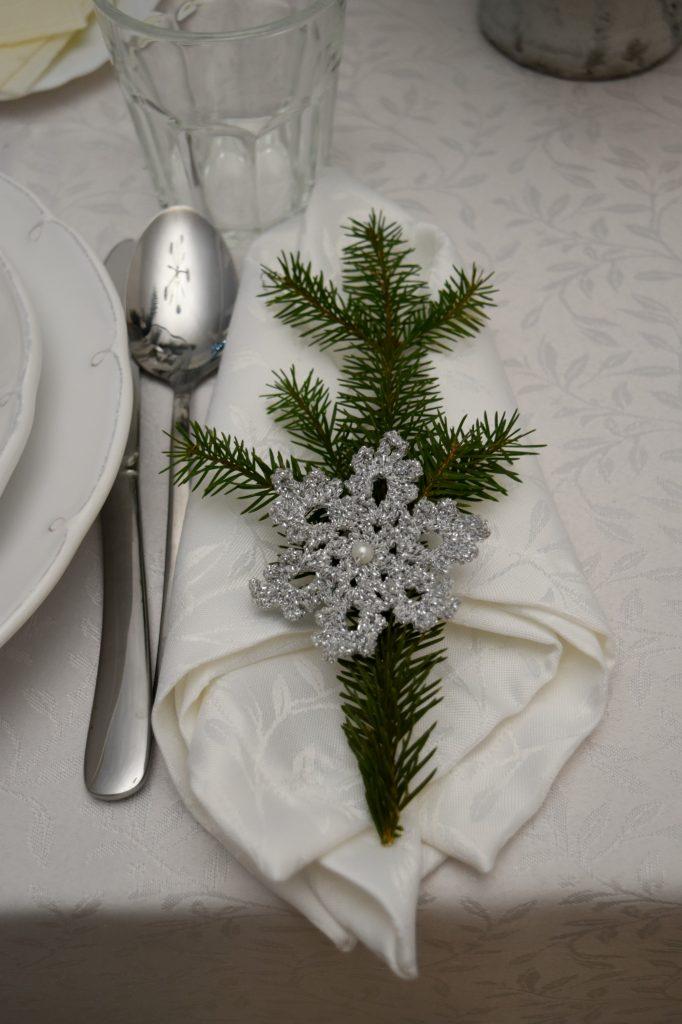 białe serwetki