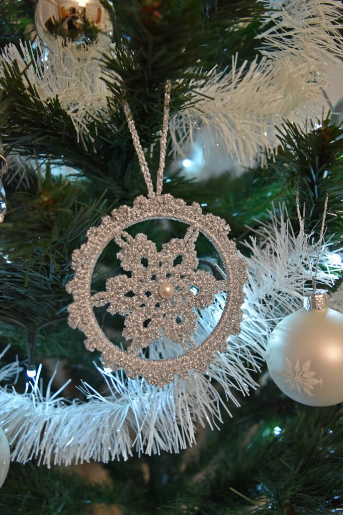 szydełkowe dekoracje świąteczne