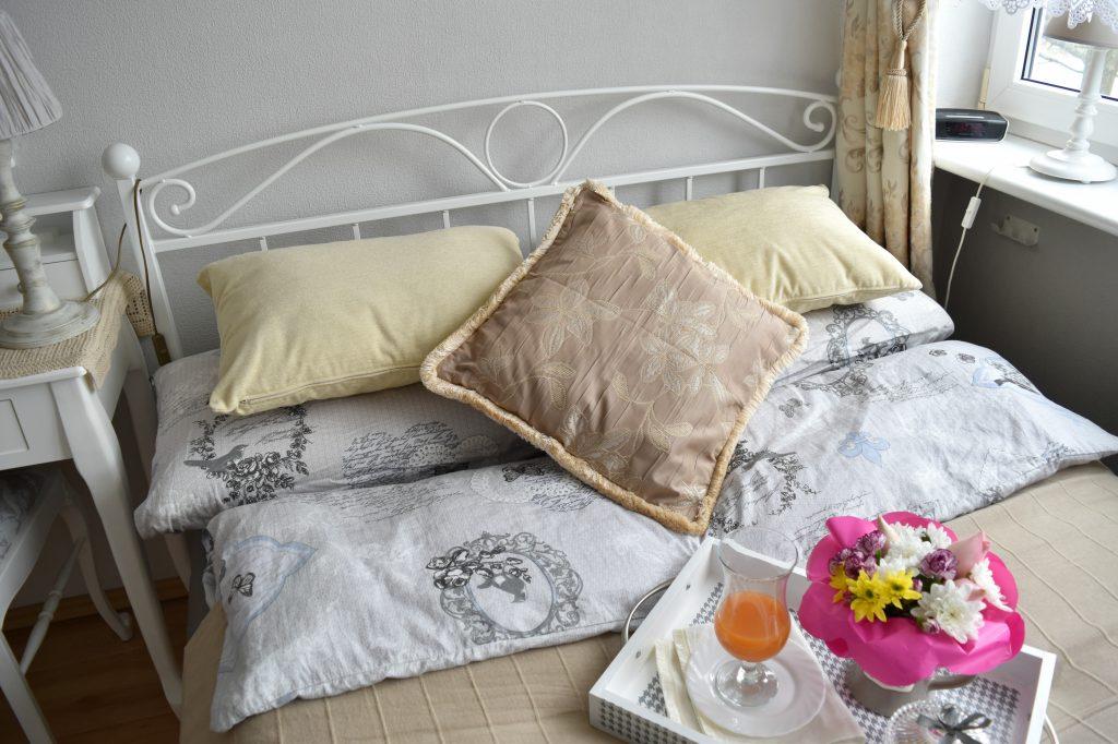 ścielenie łóżka